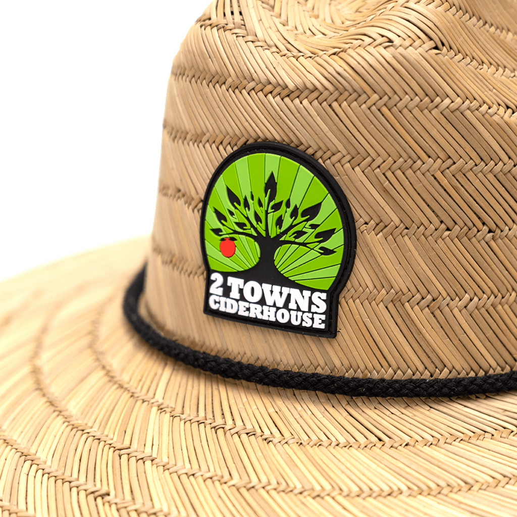 2019_2Towns_Straw-Hat-Detail